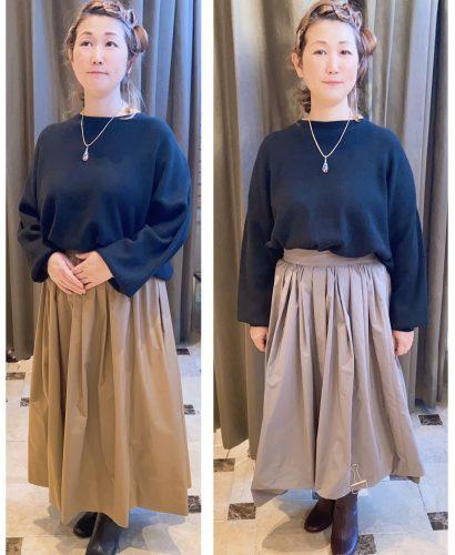 スカートを試着する女性の画像