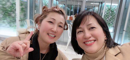 女性2人の画像
