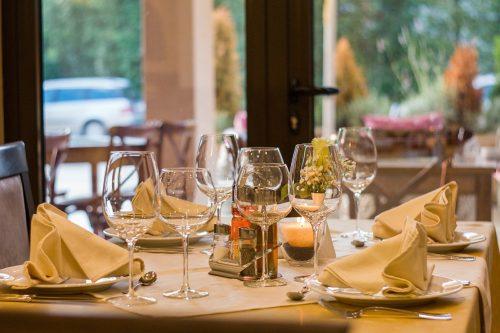 素敵なレストランの画像