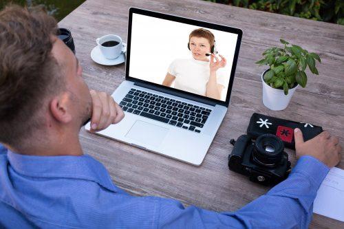 オンライン会議の画像