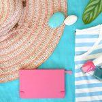 夏のファッションアイテムの画像